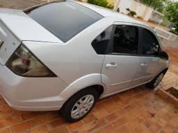 Fiesta sedan 1.6 aceito troca