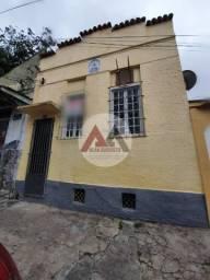 Casa e sobrado à Venda 3 quartos entradas independente 110 m² Olaria/RJ