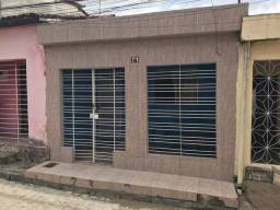Aluga-se Casa em Paratibe R$ 550,00