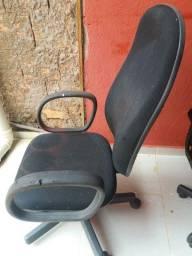 2 cadeiras giratória