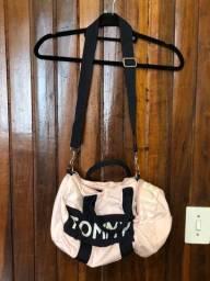Bolsa tira colo em lona da Tommy Hilfiger rosa