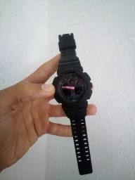 Relógio G-SHOCK GA-100 (Ponteiro automático rosa)