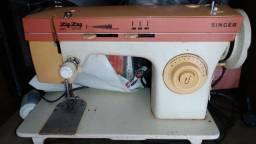 Máquina de costura Singer Zig Zag  muito boa e revisada