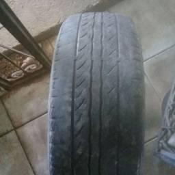 Vendo pneu 14 meia vida.