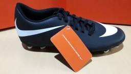 Chuteiras de Campo Nike