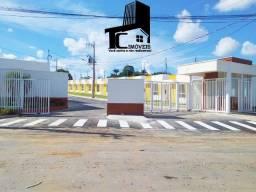 //Bairro Flores /Casa com 2 Quartos/Suíte/ 70 m² //