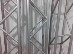 Gride de Ferro com pintura em alumínio