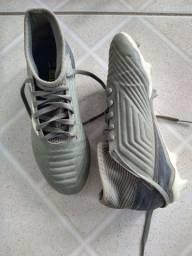 Chuteira de campo juvenil Adidas original