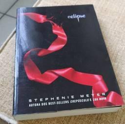LIVRO 03 SAGA CREPÚSCULO:  Eclipse - Stephanie Meyer