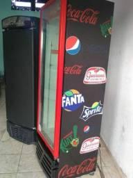 Geladeira expositora para refrigerantes sucos em geral zerada