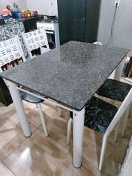 Mesa 4 lugares mármore