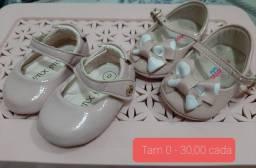 Sapatinhos e sandálias Bebê menina impecáveis!