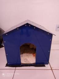 Vendo uma casa para cachorro de alumínio composto