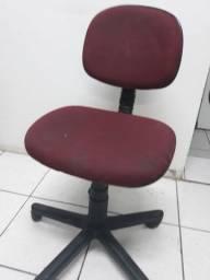 Cadeira de escritório regulável
