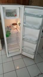 Vendo geladeira ou troco por celular