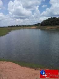 Chácaras às margens do Lago Corumbá em Caldas Novas, excelente localização a 7km do centro
