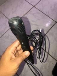 Microfone novo com fio