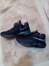 Tênis Nike Air Max Infuriate III Low Masculino - Preto e Chumbo - TAM 40