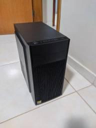 Vende-se Computador desktop completo(Tela, mouse e teclado) Entrar em contato comigo!