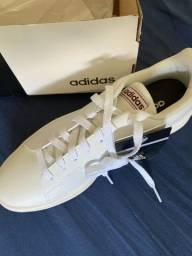 Tênis Adidas - Novo