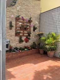 Cobertura 4 Quartos com 2 Suítes, 3 áreas privativas e 2 vagas de garagem