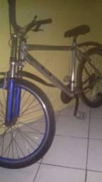 Bicicleta boa e bonita