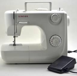 Máquina de Costura Singer 8280