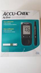 Kit Medidor de Glicemia Accu-Chek Active