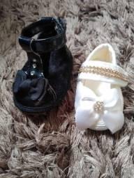 2 Pares de calçados para bebê menina
