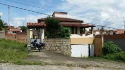 AL 101 - Casa Térrea com 4/quartos