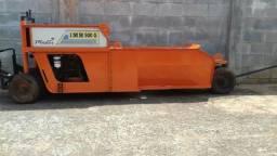 (cel.014- 99794-4746)Extrusora de guia marca Imb Master 200 hrs de uso motor 12 cv. diesel