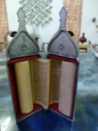 Torah Original de Jerusalém com 180 anos