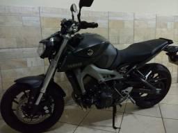 Yamaha MT-09 Abs 2016 Abs com 9 mil km - 2016