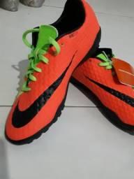 7046c91619 Chuteira futsal Nike nova tamanho 38