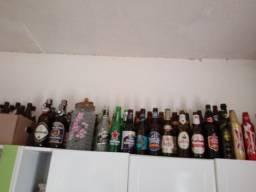 Coleção de garrafas de cervejss artezanais