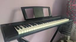 Piano Digital Yamaha Piaggero NP 11
