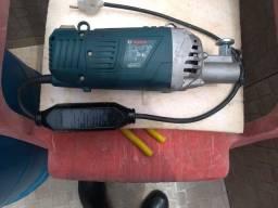 Semi-novo - Vibrador de Concreto 2200W COM Mangote 3,5 Metros GVC 22EX 220V BOSCH