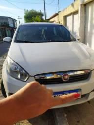 Carro Gran Siena Essense 1.6 GNV