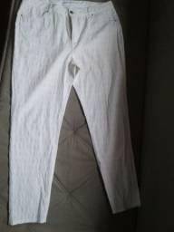 3 calça brancas 44 / 44 / 46