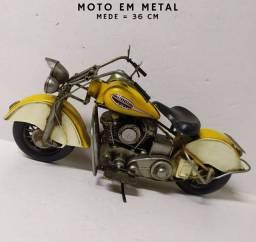 Moto Estradeira Estilo Vintage<br><br>