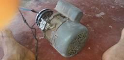 Motor elétrico monofásico 1/2cv
