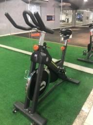 Bicicleta Ergométrica Spinning Movement Cycle Tour Preta