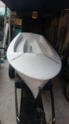 Barco muito novo