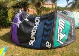 Kitesurf Slingshot Tam 12