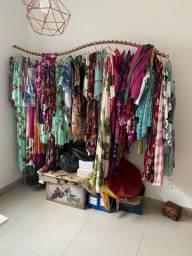 Título do anúncio: Lote com quase 100 peças de roupas Confeccao própria tecido viscose