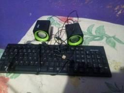 Vendo esse teclado e essa 3 caixinhas