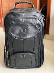 Mochila grande ideal para viagens por Apenas R$110,00 Reais