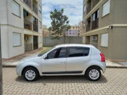 Renault Sandero Privilege 16