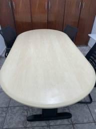 Mesa para reunião