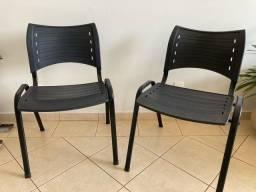 Conjunto duas cadeiras escritório preta